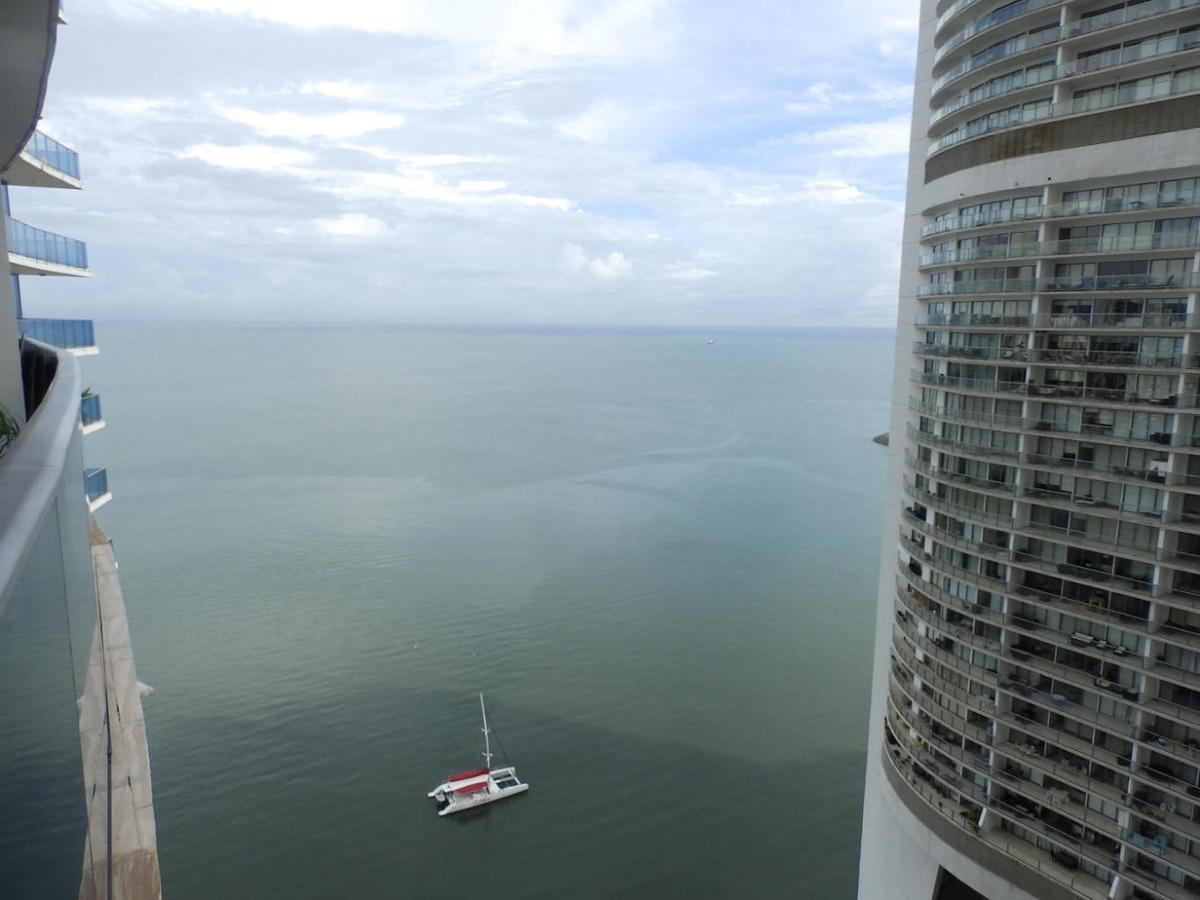 vendo apartamento de lujo en ph grand tower, punta pacífica