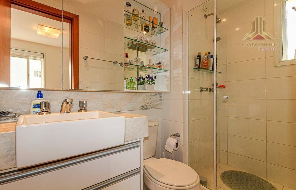 vendo apartamento de três dormitórios, suíte e garagem,próximo ao barrashoppingsul - ap2545