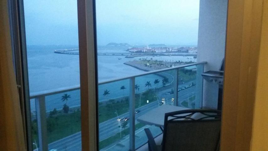 vendo apartamento en ph h2o on the ocean, av. balboa 18-8623