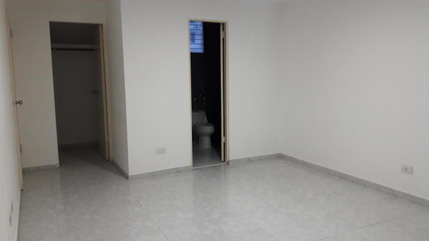 vendo apartamento en ph royal princess, paitilla 18-6795**gg