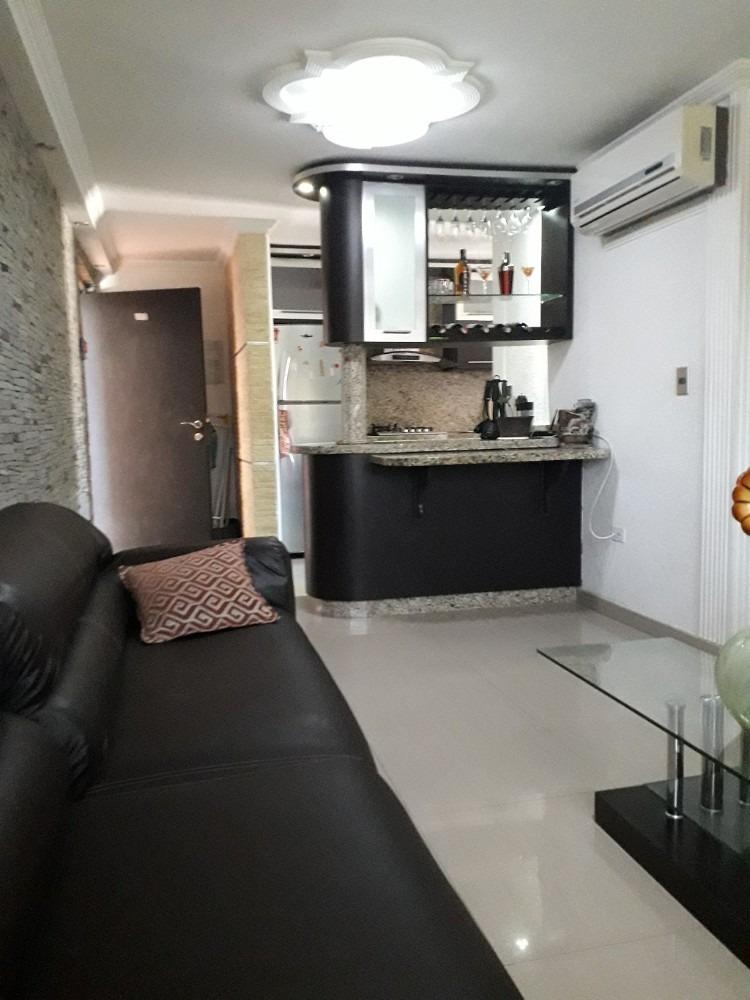vendo apartamento en  urbanizacion palma real