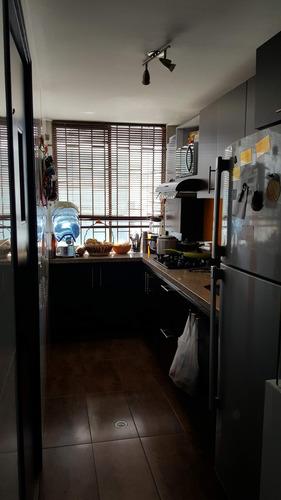 vendo apartamento excelente ubicación muy iluminado