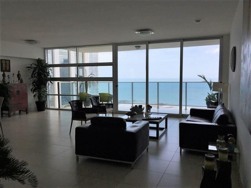 vendo apartamento exclusivo en waters on the bay, av. balboa