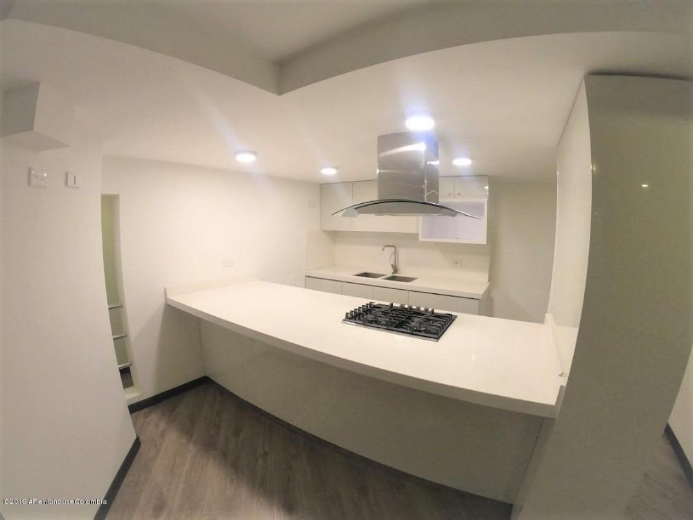 vendo apartamento  multicentro mls 20-437 lq