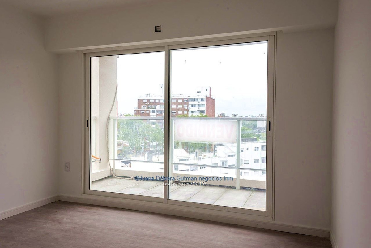 vendo apartamento pocitos 2 dormitorios.