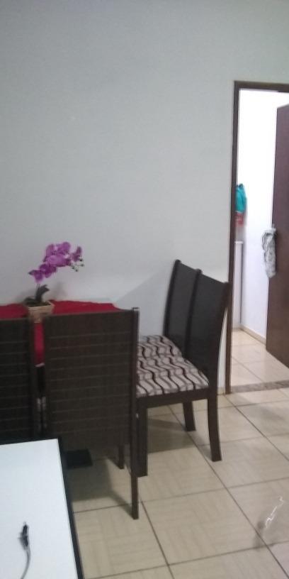 vendo apartamento sala ampla,2 quartos,1banheiro cozinha