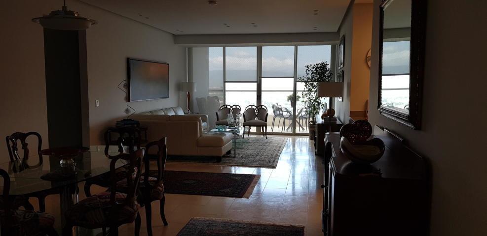 vendo apto de lujo en ph greenview residences, santa maría