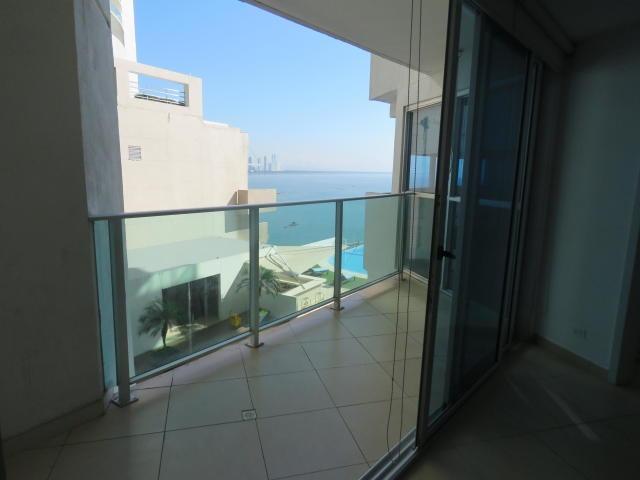 vendo apto en ph oasis on the bay, punta pacífica 17-443**gg