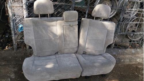 vendo asiento trasero de kia sorento, año 2006