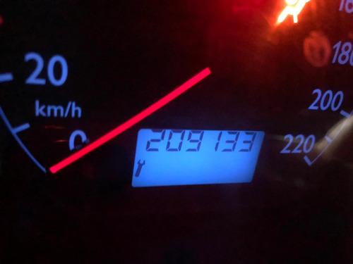 vendo auto por viaje volkswagen polo 2003 dual gasolina-glp