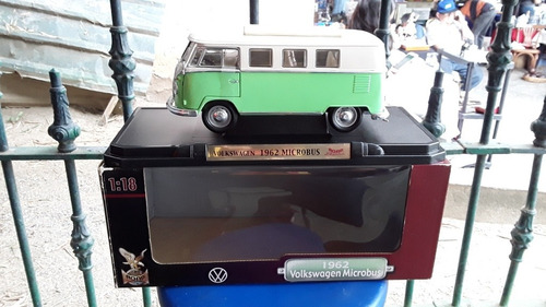 vendo auto vw 1962 microbus road signature escala 1:18