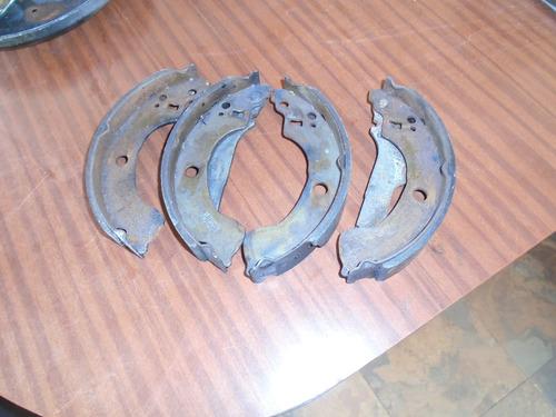 vendo  banda trasera de freno de nissan b15, año 2005