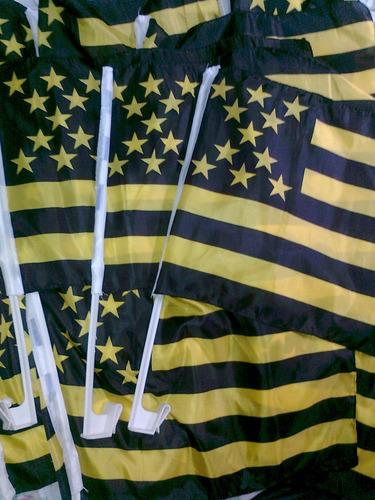 vendo banderas de peñarol (para el vidrio del auto)