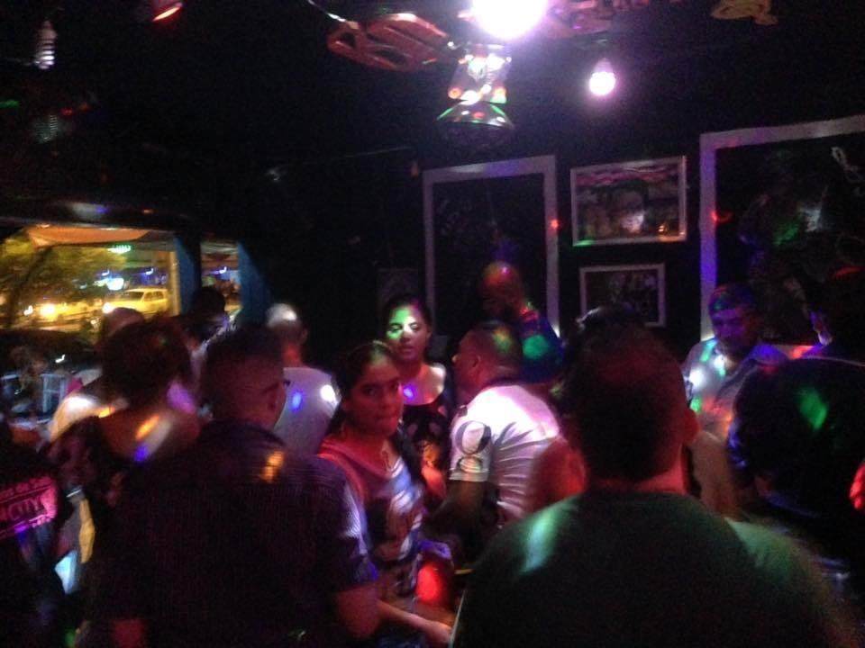 vendo bar salsero sin city  en el troncal solo gente seria