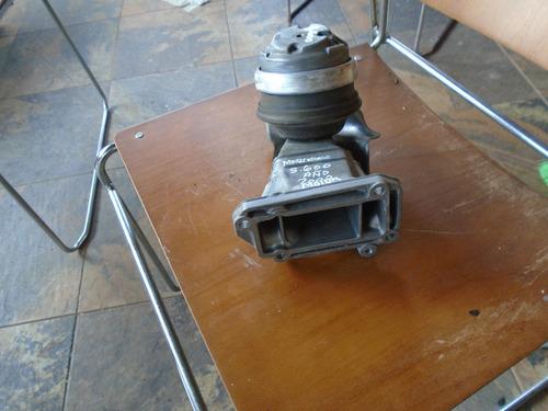 vendo base de motor de mercedes benz e320, año 2000