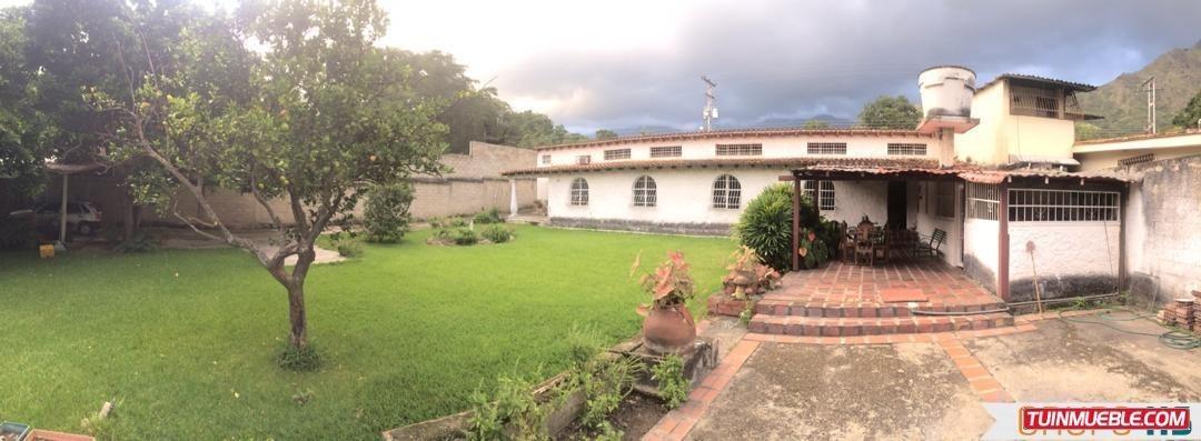 vendo bella casa en el castaño con con terreno amplio