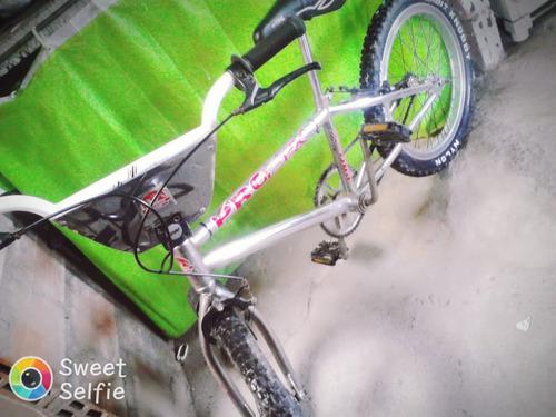 vendo bicicleta cromada