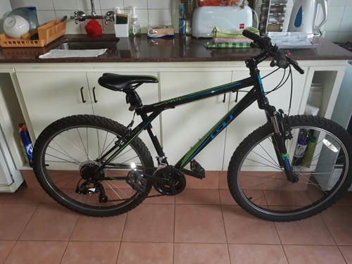 vendo bicicleta gt impecable
