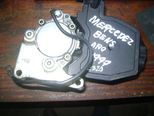 vendo bomba de power steering de mercedes benz, año 1997