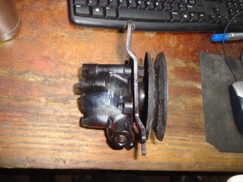 vendo bomba de power steering de nissan terrano, año 1990