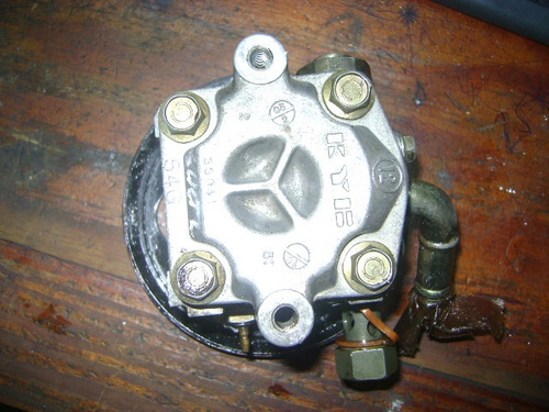 vendo bomba de power steering de suzuki aereo , año 2005