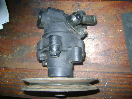 vendo bomba de power steering de toyota four runner, año 94