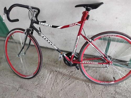 vendo bonita bicicleta seminueva uso de un mes mínimos detal