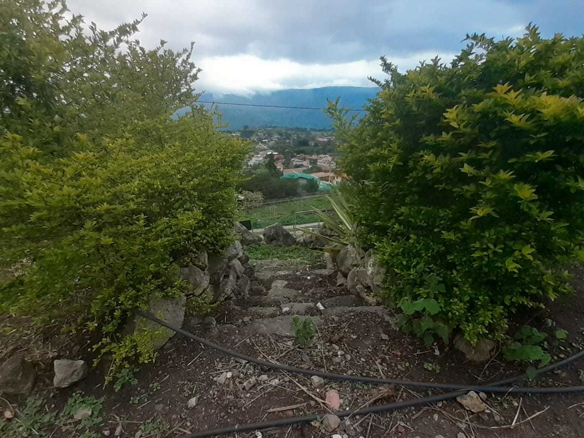 vendo bonito terreno en yunguilla con excelente paisaje
