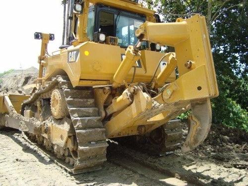 vendo  bulldozer caterpillar d8t
