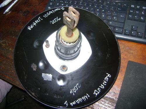 vendo buster de freno de renault megame ii, año 2006