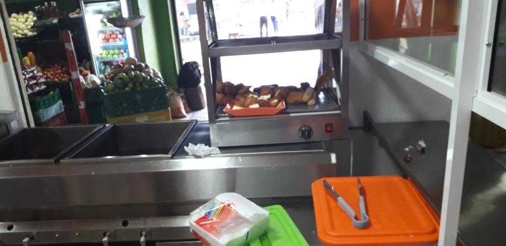 vendo cafeteria acreditada en la plaza de campo valdes