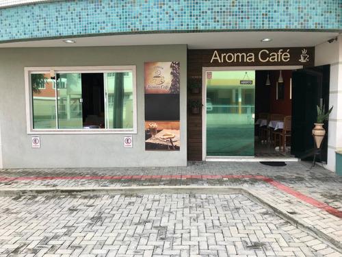 vendo cafeteria completa no centro de bombinhas sc
