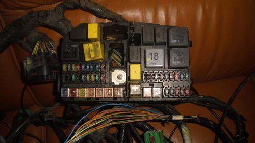 vendo caja de fusible y relay de jaguarbs-type,  año 2002