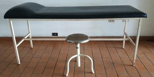 vendo cambio camilla con su silla recinable giratoria 170vrd