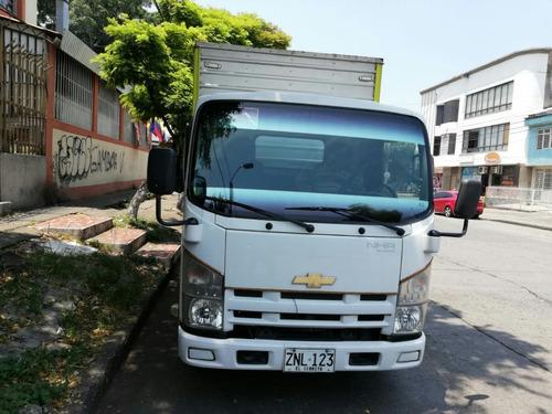 vendo camión chevrolet hnr