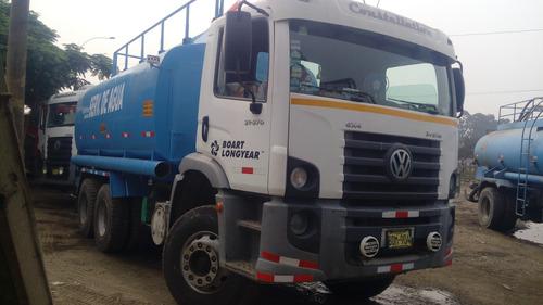 vendo camion cisterna agua 5000 gal. año 2010. volkswagen