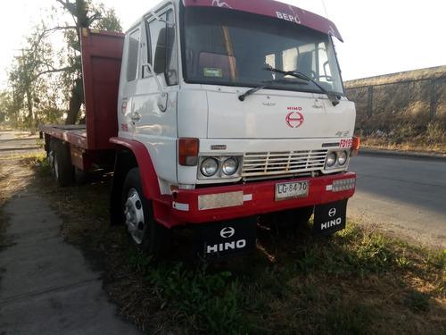 vendo camion hino  precio conversable