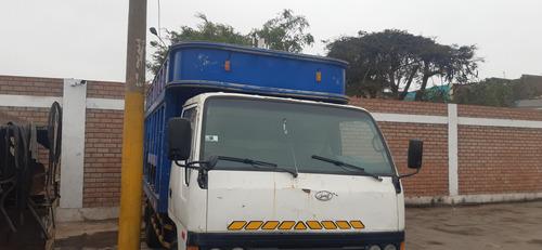 vendo camion hyndai  en buen estado