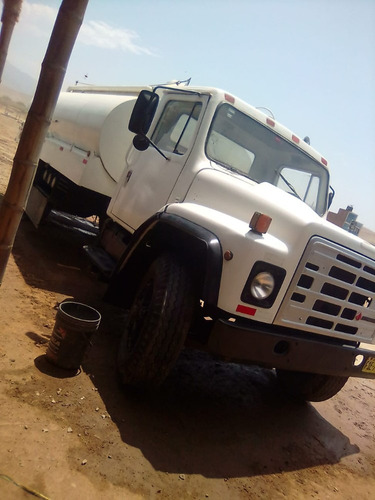 vendo camion international original año 1993 de 3000 galones