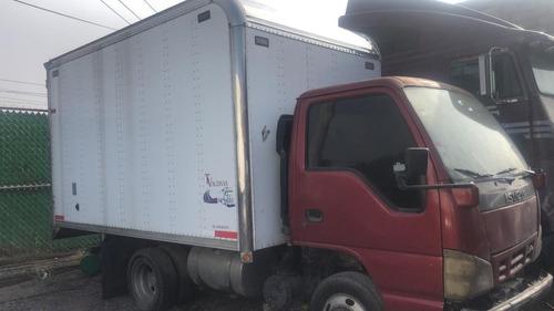 vendo camion marca izuzu mod. 2006
