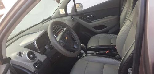vendo camioneta 4x4 chevrolet  tracker 2014
