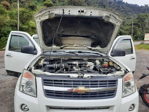 vendo camioneta chevrolet año 2013 a diesel 4x4