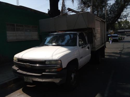 vendo camioneta chevrolet silverado mod. 2003 de 3.5 tons.