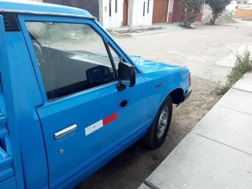 vendo camioneta datsun del 82