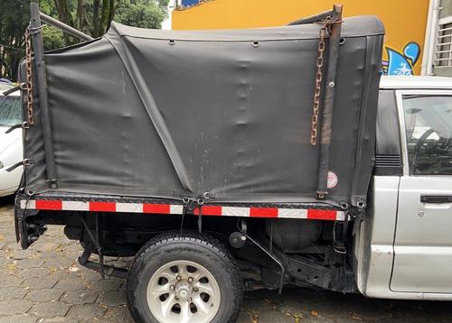 vendo camioneta de estacas mazda b-2000 modelo 1991