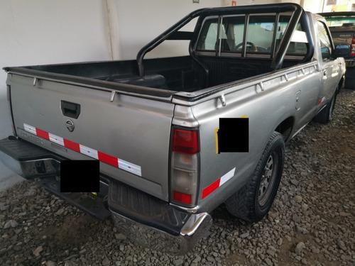 vendo camioneta nissan frontier cabina simple motor td 27 20