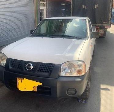 vendo camioneta nissan frontier d22/np300