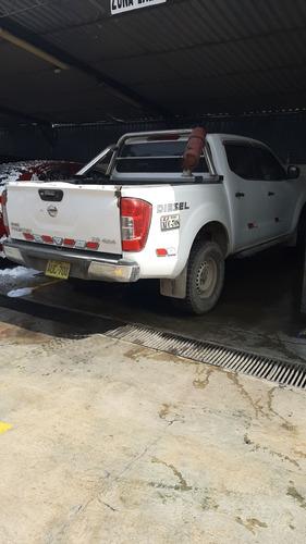 vendo camioneta nissan np 300 xe 2017