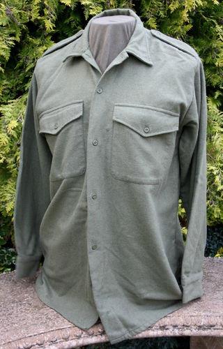 vendo camisa do exército britânico