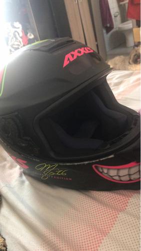 vendo capacete axxis semi novo